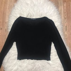 !SALE! Brandy Melville Black Cropped Sweater 🍁